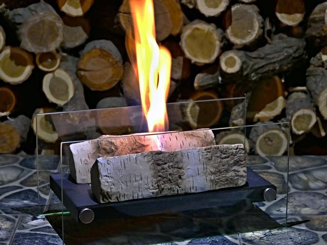 pálení dřeva