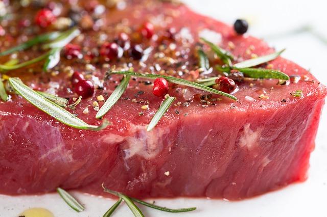 kořeněné hovězí maso